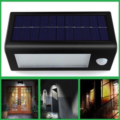Уличный настенный LED светильник на солнечной батарее и с датчиком движения.(Треугольник)